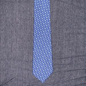 Vineyard Vines Men's Shark Tie